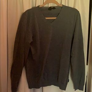 Gorgeous used Hugo Boss vneck sweater size lrg